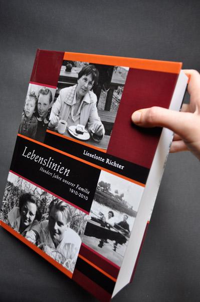 http://sarahhartwig.com/files/gimgs/66_1lebensliniendesigndoku10maer20110266copyrightsarahhartwig.jpg
